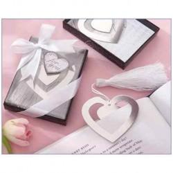 Elegantes Lesezeichen Herz in der Schachtel mit Krawatte